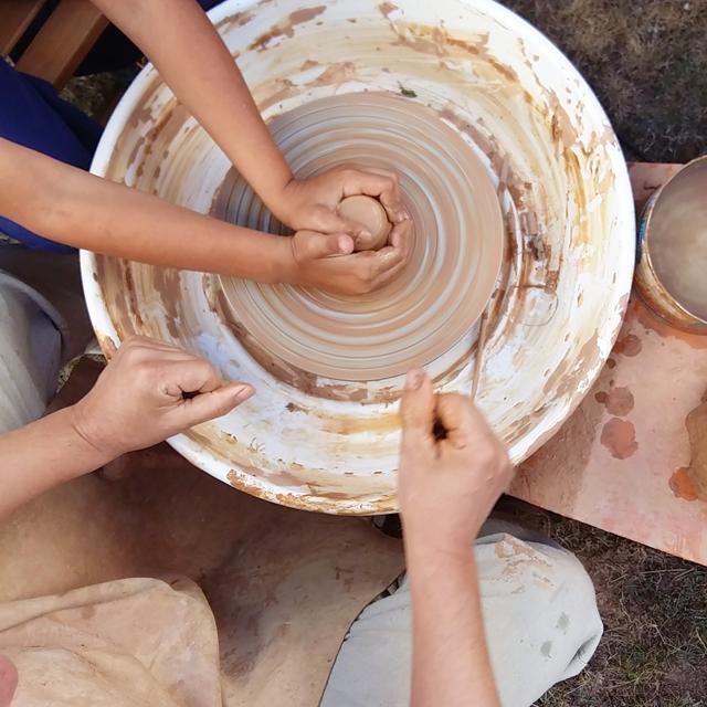 artesania-xii-fiesta-de-la-trasmumancia_venta-de-piqueras