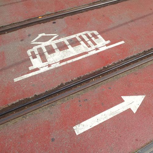Molaa el tranvía!