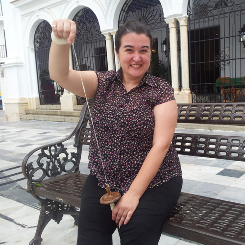 Sonia de Desmadejada feliz de aprender a hilar