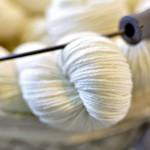 ¿En las tiendas de lanas no hay lanas?